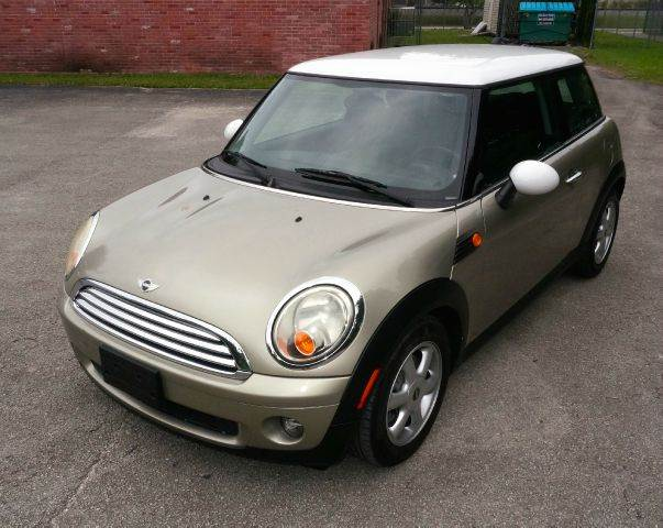 2009 MINI COOPER BASE 2DR HATCHBACK 2-stage unlocking abs - 4-wheel air filtration airbag deact