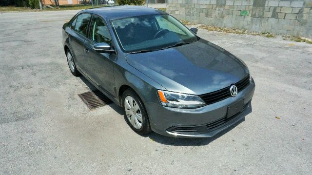 2011 VOLKSWAGEN JETTA SE PZEV 4DR SEDAN 6A gray 2-stage unlocking - remote abs - 4-wheel air fi