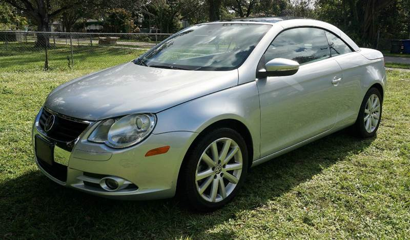 2010 VOLKSWAGEN EOS KOMFORT 2DR CONVERTIBLE 6A silver call 1-754-210-3703 for sales this ve