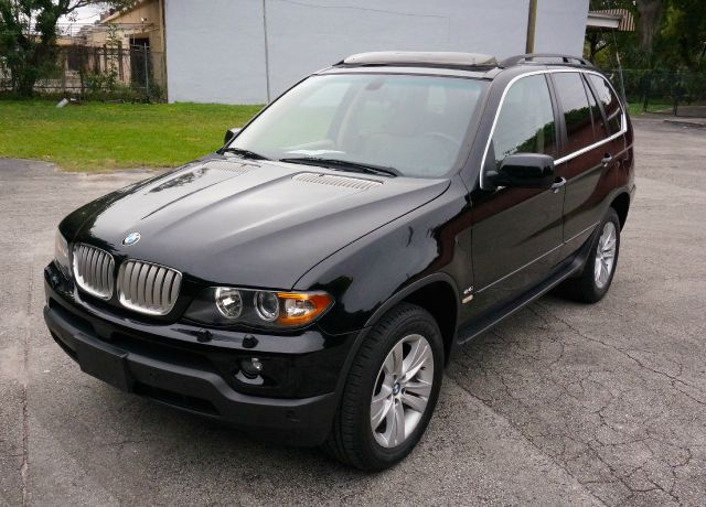 2005 BMW X5 44I AWD 4DR SUV jet black city 16hwy 22 44l engine5-speed auto transpwr heated