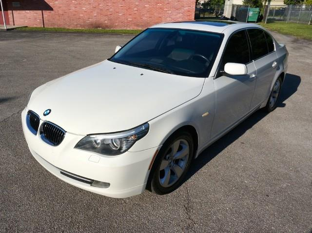 2008 BMW 5 SERIES 528I SEDAN LUXURY alpine white this 2008 bmw 5 series is offered to you for sale