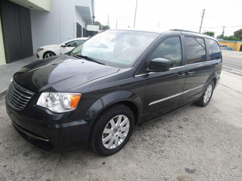 2014 Chrysler Town and Country