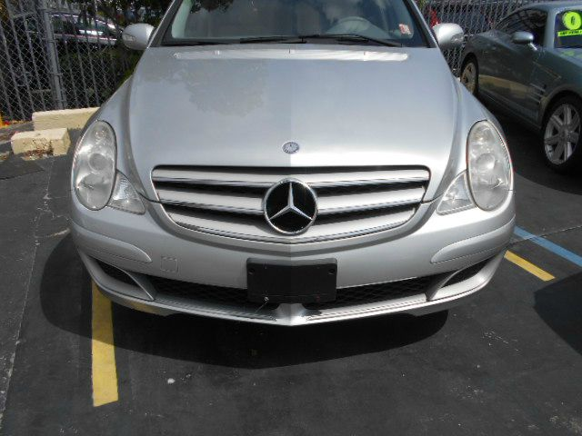 2006 MERCEDES-BENZ R-CLASS sliver panoramic roof sunroof dual air 7seater 3rd row great car mu