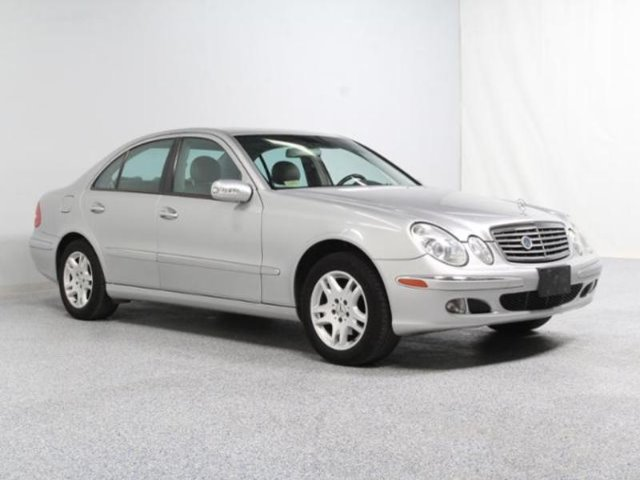 2004 MERCEDES-BENZ E-CLASS E320 silver stop shopping and come buy the car that fits you best here