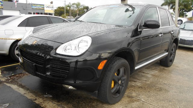 2006 PORSCHE CAYENNE S black beautyfull porsche cayenne turbo like new  buy with confidence all ve