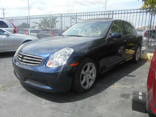 2005 INFINITI G35 blue great car stop shopping and come buy the car that fits you best here at