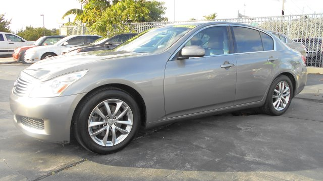 2007 INFINITI G35 JOURNEY grey stop shopping and come buy the car that fits you best here at auto