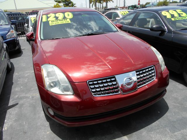 2006 NISSAN MAXIMA SE red gorgeous maxima in red loaded with options one of the top selling cars