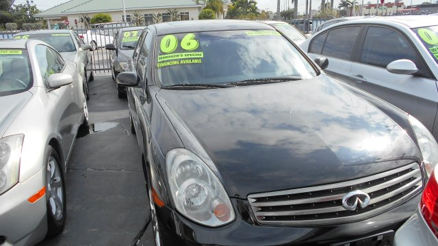 2006 INFINITI G35 SEDAN black stop shopping and come buy the car that fits you best here at auto w