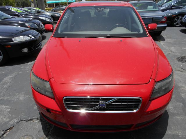 2005 VOLVO S40 T5 unspecified here is a beautifull hot fire red volvo sport sedans40 turbo t5 th
