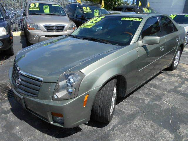 2005 CADILLAC CTS 36L green great color combo with all the toys and navi great condition ready t