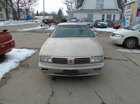 1994 Oldsmobile Eighty-Eight Royale for sale in Charles City, IA