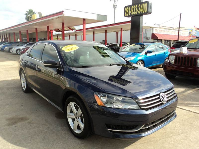 2014 volkswagen passat wolfsburg edition 4dr sedan i4 in houston tx auto selection of houston. Black Bedroom Furniture Sets. Home Design Ideas
