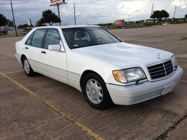 Search results for Mercedes benz s500 1996