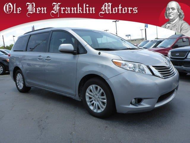 2013 TOYOTA SIENNA XLE 7-PASSENGER AUTO ACCESS SEAT silver crumple zones frontcrumple zones rear