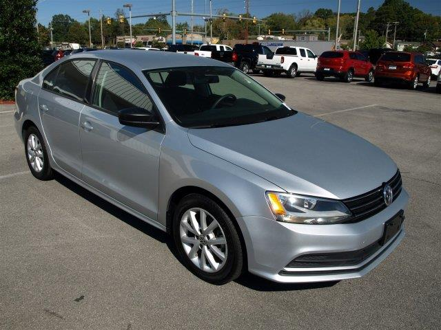 2015 VOLKSWAGEN JETTA 18T SE reflex silver metallic scores 37 highway mpg and 25 city mpg this