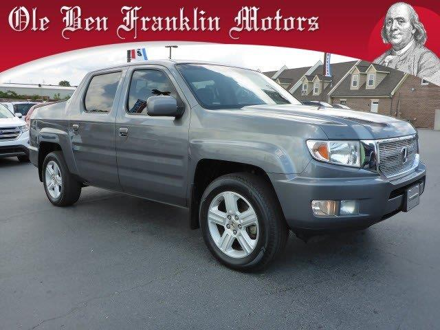 2010 HONDA RIDGELINE RTL 4X4 4DR CREW CAB unspecified delivers 20 highway mpg and 15 city mpg th