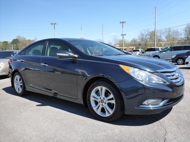 2013 HYUNDAI SONATA LIMITED dk blue nissan  leather  blue tooth  hands free calling and the