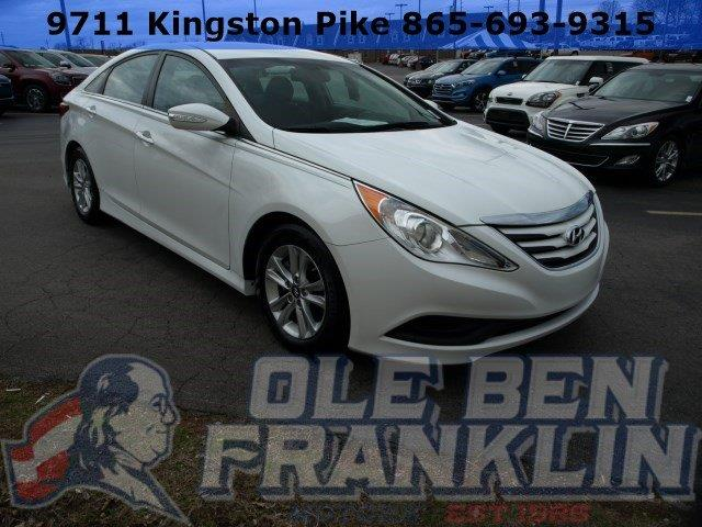 2014 HYUNDAI SONATA GLS 4DR SEDAN white only 26733 miles delivers 35 highway mpg and 24 city mp