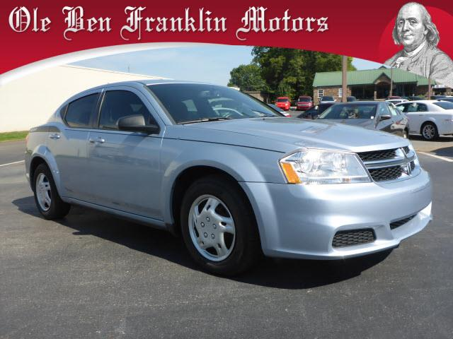 2013 DODGE AVENGER SE 4DR SEDAN blue scores 29 highway mpg and 21 city mpg this dodge avenger bo