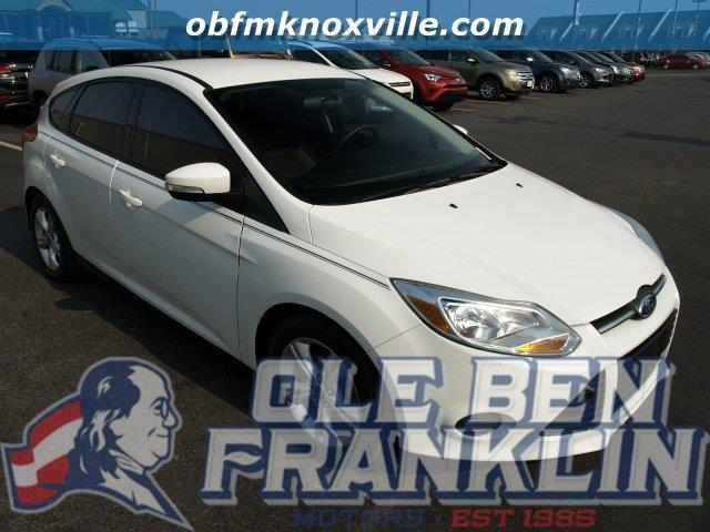 2014 FORD FOCUS SE 4DR HATCHBACK white scores 36 highway mpg and 26 city mpg this ford focus del