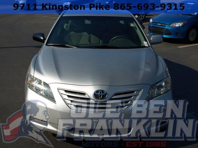 2009 TOYOTA CAMRY silver boasts 31 highway mpg and 21 city mpg this toyota camry boasts a gas i4
