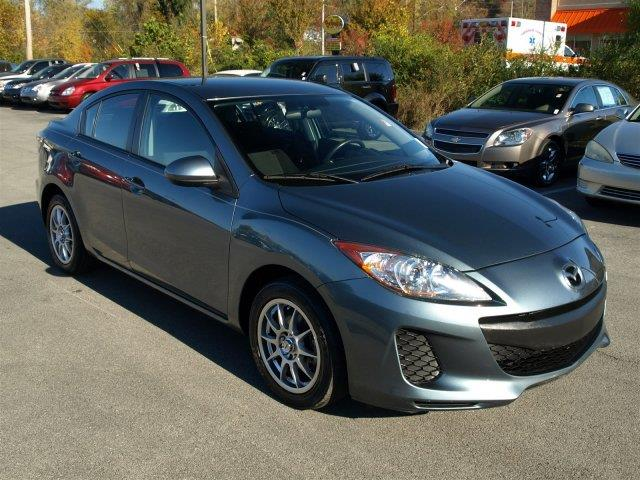 2013 MAZDA MAZDA3 I SV 4DR SEDAN 5M dolphin gray mica scores 33 highway mpg and 24 city mpg this