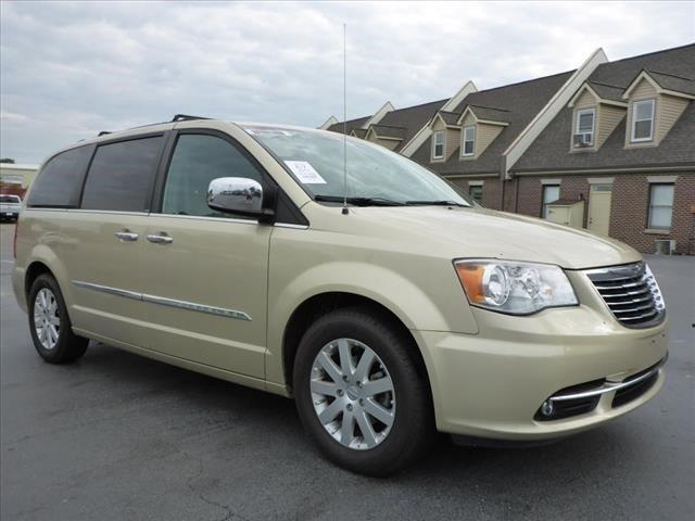 2011 CHRYSLER TOWN AND COUNTRY TOURING-L 4DR MINI VAN white gold boasts 25 highway mpg and 17 cit