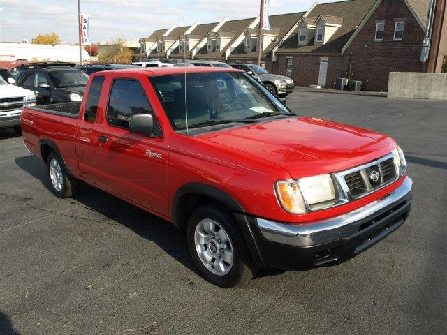 2000 NISSAN FRONTIER XE 2DR EXTENDED CAB SB unspecified only 180070 miles delivers 24 highway m