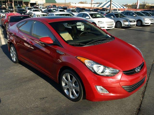 2013 HYUNDAI ELANTRA LIMITED 4DR SEDAN red only 30740 miles boasts 38 highway mpg and 28 city m
