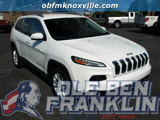 2016 JEEP CHEROKEE bright white clearcoat only 9051 miles scores 31 highway mpg and 22 city mpg