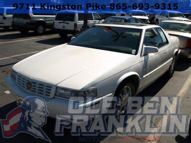 2000 CADILLAC ELDORADO ETC 2DR COUPE unspecified only 112708 miles boasts 28 highway mpg and 17