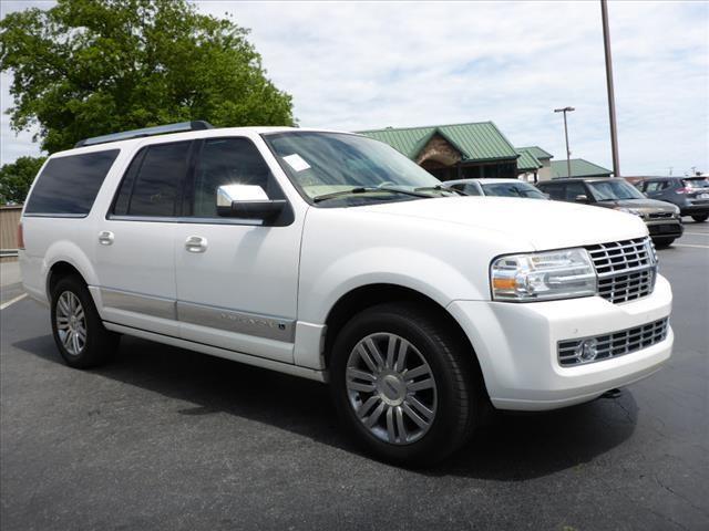 2010 LINCOLN NAVIGATOR L BASE 4X4 4DR SUV white parking sensors frontparking sensors rearimpact