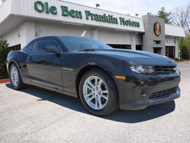 2015 CHEVROLET CAMARO LT 2DR COUPE W1LT unspecified scores 27 highway mpg and 18 city mpg this
