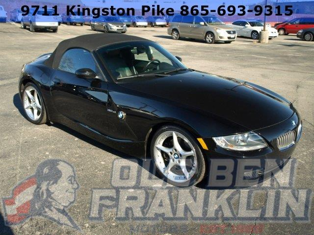 2006 BMW Z4 30SI 2DR CONVERTIBLE jet black only 98080 miles boasts 30 highway mpg and 20 city