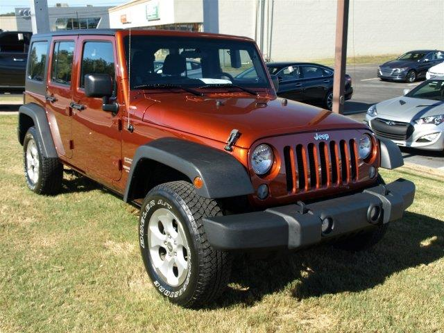 2014 JEEP WRANGLER UNLIMITED SPORT 4X4 4DR SUV unspecified delivers 21 highway mpg and 16 city mp