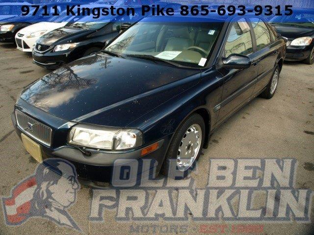 1999 VOLVO S80 29 4DR SEDAN unspecified scores 27 highway mpg and 19 city mpg this volvo s80 bo