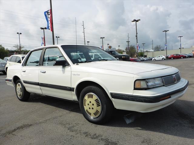 1991 OLDSMOBILE CUTLASS CIERA BASE 4DR SEDAN blue power brakespower steeringseats front seat ty