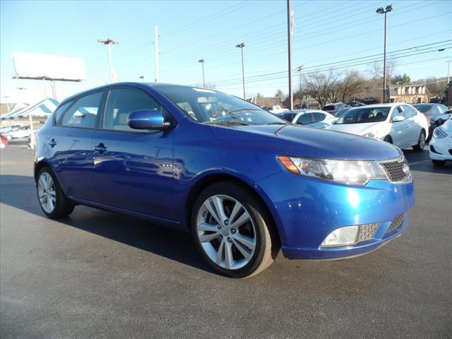 2011 KIA FORTE5 SX 4DR HATCHBACK 6A blue crumple zones front and rearstability control electroni