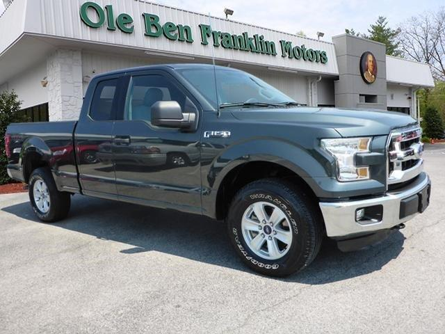 2015 FORD F-150 gray scores 21 highway mpg and 15 city mpg this ford f-150 boasts a regular unle