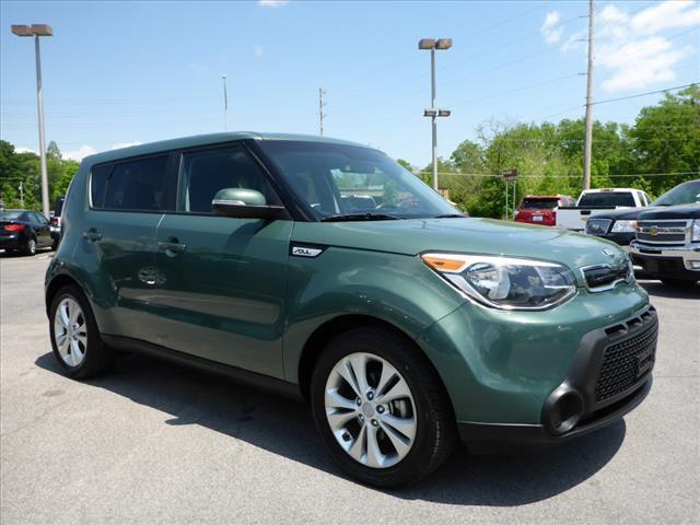 2014 KIA SOUL  4DR WAGON green great sporty and safe  best mpgs in its class  17 alloys