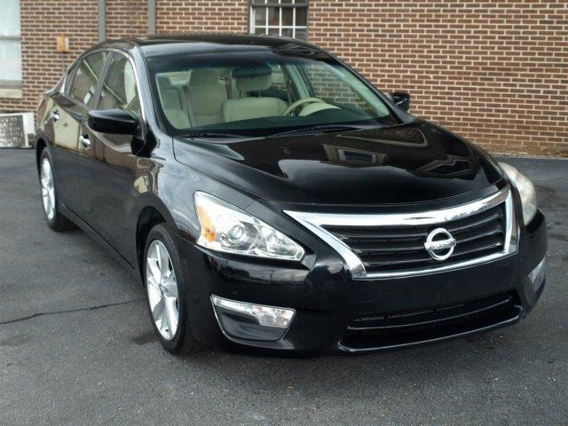 2013 NISSAN ALTIMA 25 4DR SEDAN super black scores 38 highway mpg and 27 city mpg this nissan a
