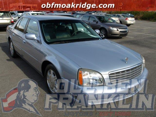2005 CADILLAC DEVILLE blue ice only 13787 miles scores 26 highway mpg and 18 city mpg this cad