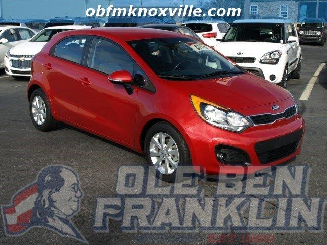 2014 KIA RIO5 EX 4DR WAGON red only 21108 miles scores 37 highway mpg and 27 city mpg this kia
