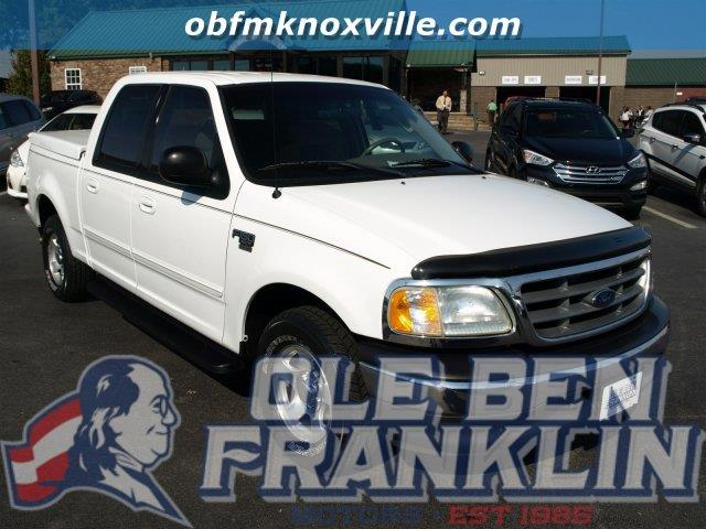 2003 FORD F-150 XLT 4DR SUPERCREW RWD STYLESIDE white only 119033 miles delivers 20 highway mpg
