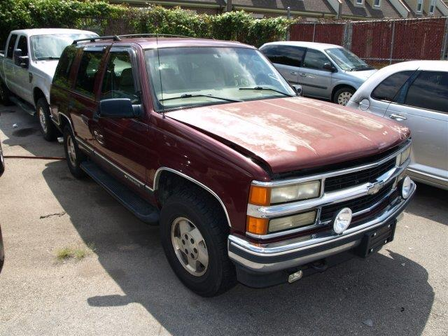 1999 CHEVROLET TAHOE unspecified this vehicle is being sold as-is where is no promise of conditi