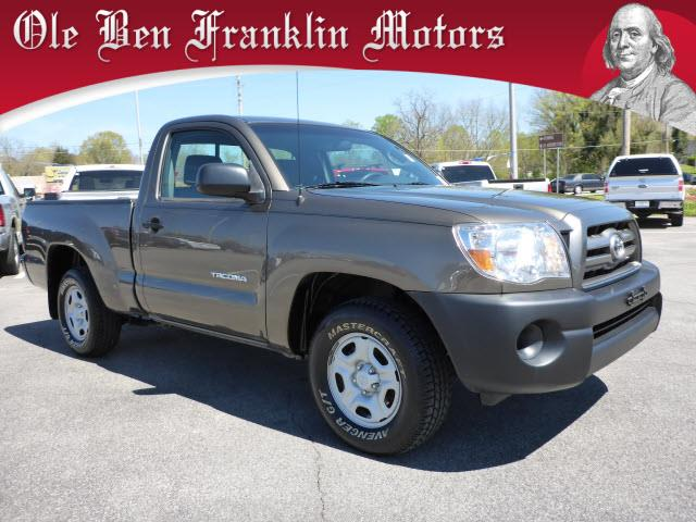 2010 TOYOTA TACOMA BASE 4X2 2DR REGULAR CAB 61 FT dk green great first truck for the son or dau