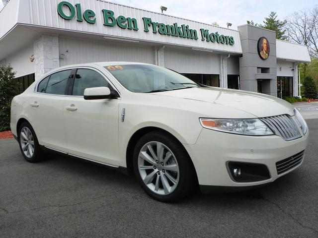 2009 LINCOLN MKS BASE 4DR SEDAN white stability control electronicmemorized settings includes dr