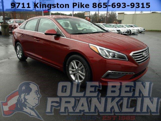 2015 HYUNDAI SONATA SE 4DR SEDAN red only 22126 miles delivers 37 highway mpg and 25 city mpg