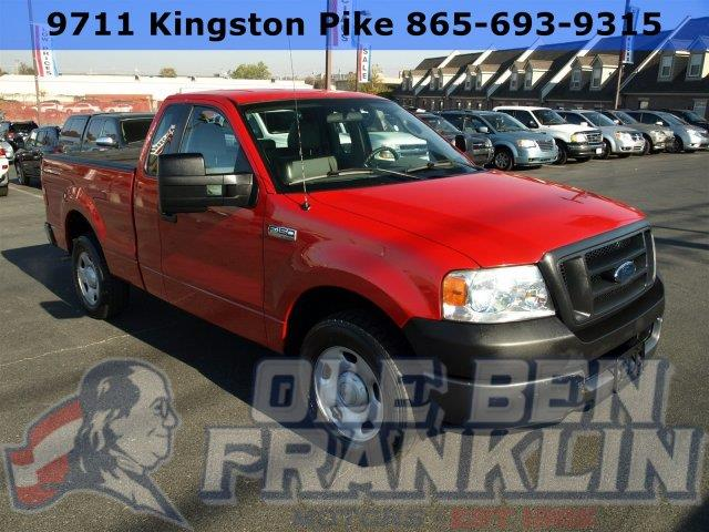 2005 FORD F-150 XL W LEATHER bright red boasts 19 highway mpg and 15 city mpg this ford f-150 b